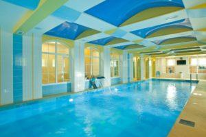Фитнес клуб, бассейн и спа центр Обертайх